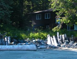 Top-5 romantic Tofino hotels