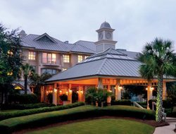 Hilton Head Island hotels with restaurants