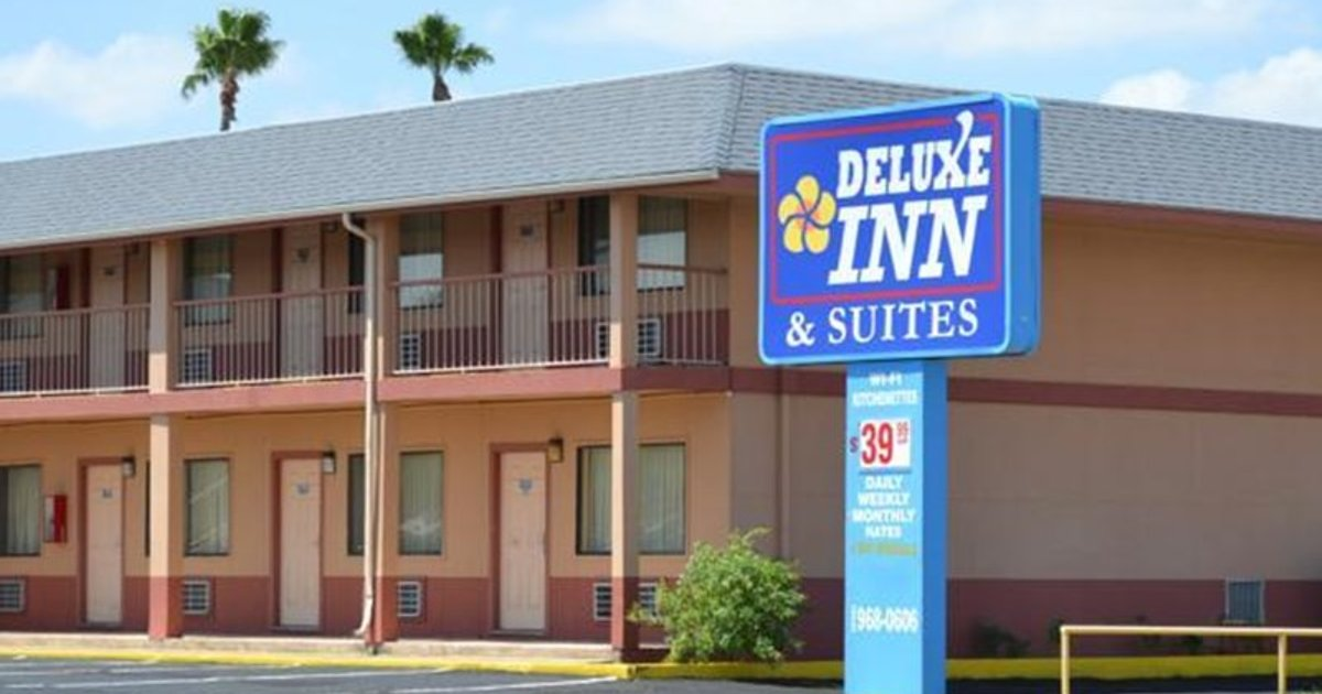 Deluxe Inn and Suites Weslaco