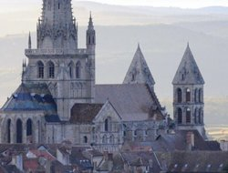Pets-friendly hotels in Autun