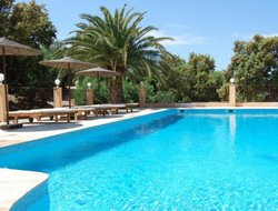 Bormes-les-Mimosas hotels with swimming pool