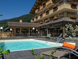 Le Grand-Bornand hotels with swimming pool