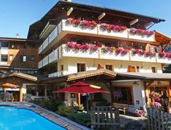 Top-10 hotels in the center of Morzine