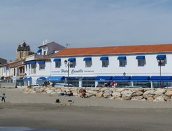 St. Maries-de-la-Mer hotels with sea view