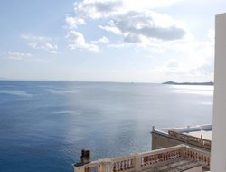 Syros Island hotels with sea view