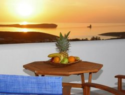 Andiparos hotels with sea view