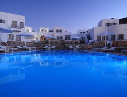 Folegandros Island hotels with swimming pool