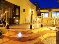 Top-4 romantic Paestum hotels