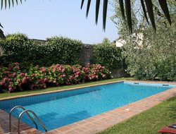 Gardone Riviera hotels with swimming pool