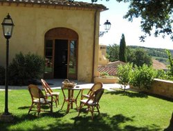 Pets-friendly hotels in Volterra