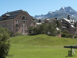 Pets-friendly hotels in Sils Baselgia