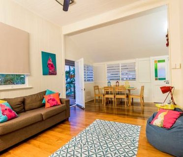 Funky City Queenslander Cottage