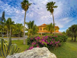 Varadero hotels with restaurants