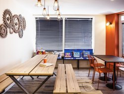 Pets-friendly hotels in Clichy