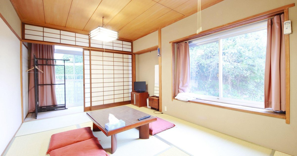 Japanese Room in Share House in Shirahama W6