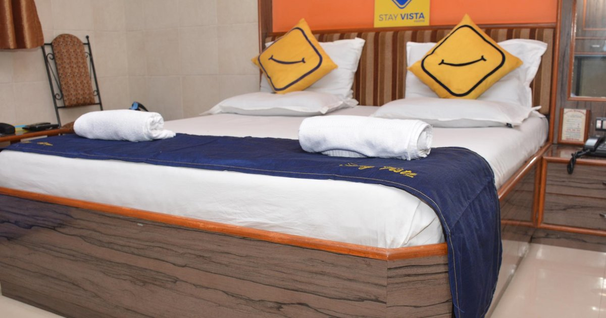 Vista Rooms At Chembur Station
