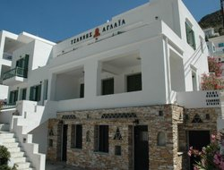 Kamares hotels with restaurants