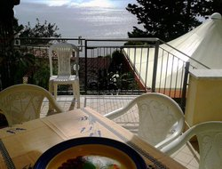 Castellabate hotels with sea view