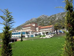Baiona hotels with swimming pool