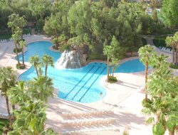 Mesquite hotels with restaurants