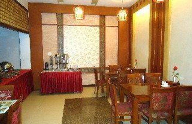фото Moonshine Palace Hotel 769630679