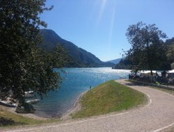 Pieve di Ledro hotels with restaurants
