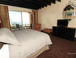 Ensenada hotels with sea view