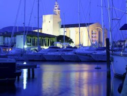 Grimaud hotels with restaurants