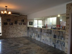 Coonabarabran hotels with swimming pool