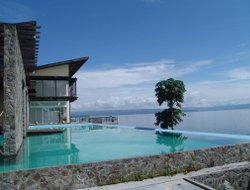 Sosor Ambarita hotels with lake view