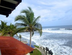 El Salvador hotels with sea view