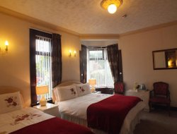 Top-4 romantic Largs hotels