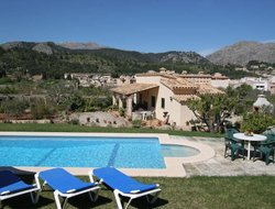 Pollenca hotels with swimming pool