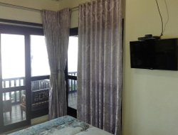 Munduk hotels with sea view