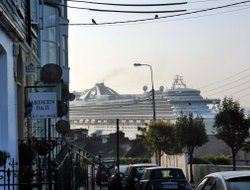 Cobh hotels with sea view