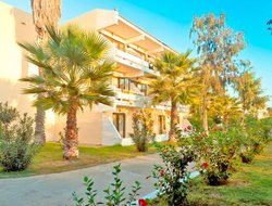 Lambi Beach hotels for families with children