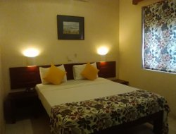 Top-4 hotels in the center of Kataragama
