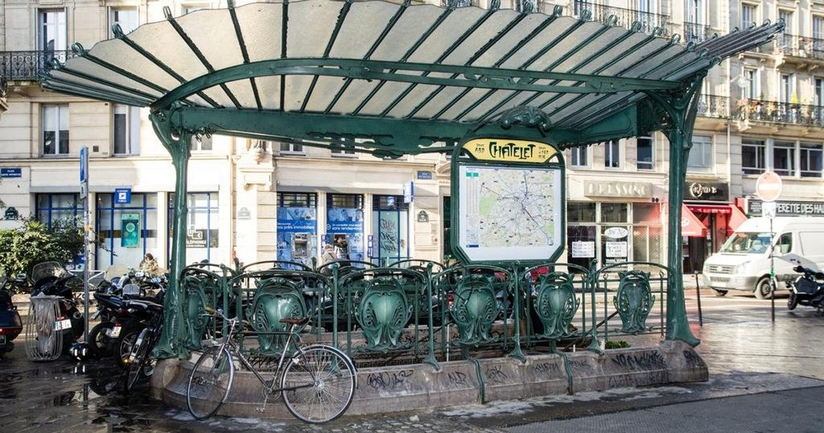 Chatelet Metro Paris Center