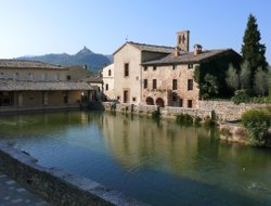 San Quirico d'Orcia hotels with restaurants
