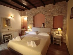 Top-5 hotels in the center of Areopoli