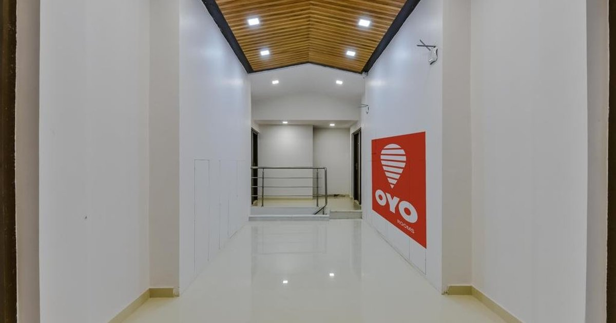OYO 5012 Lake View Residency