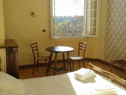 Pets-friendly hotels in Lorgues