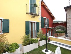 Pets-friendly hotels in Caprino Veronese