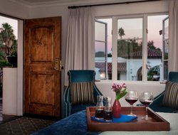 Top-10 hotels in the center of Palm Springs