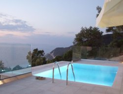 Agios Nikitas hotels with swimming pool