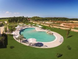 Otranto hotels with swimming pool