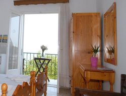Pets-friendly hotels in Makrigialos