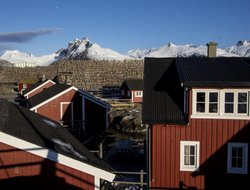 Svolvaer hotels with sea view