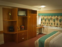 Liverpool hotels for families with children