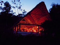 Belize hotels with restaurants